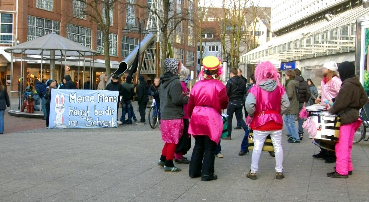 25/02/12 Bremen Kundgebung gegen Pelz Kaufhof